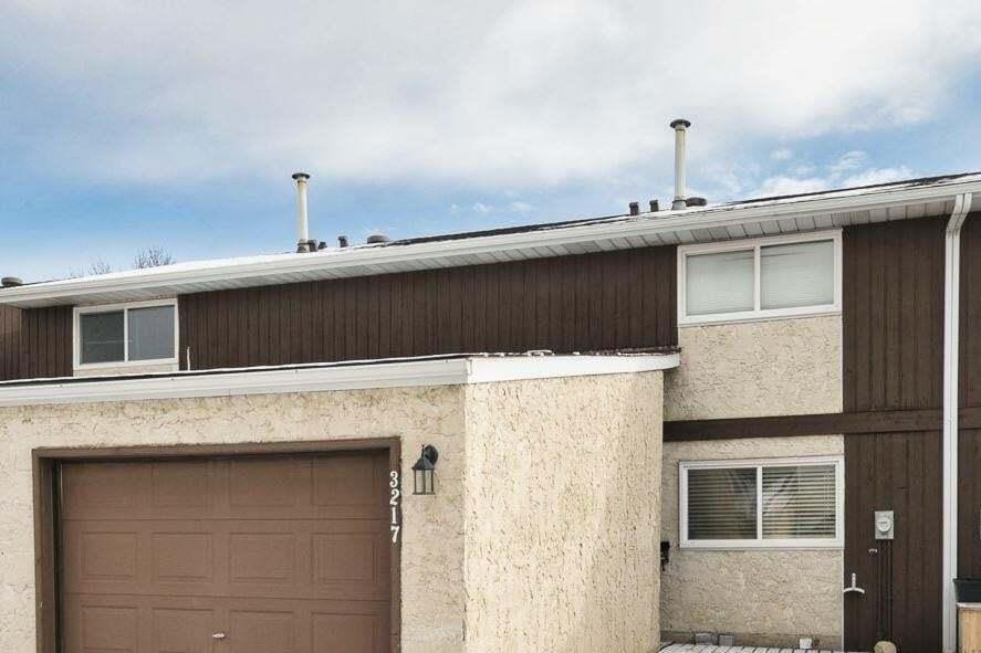 Townhouse for sale at 3217 132a Av NW Edmonton Alberta - MLS: E4218828