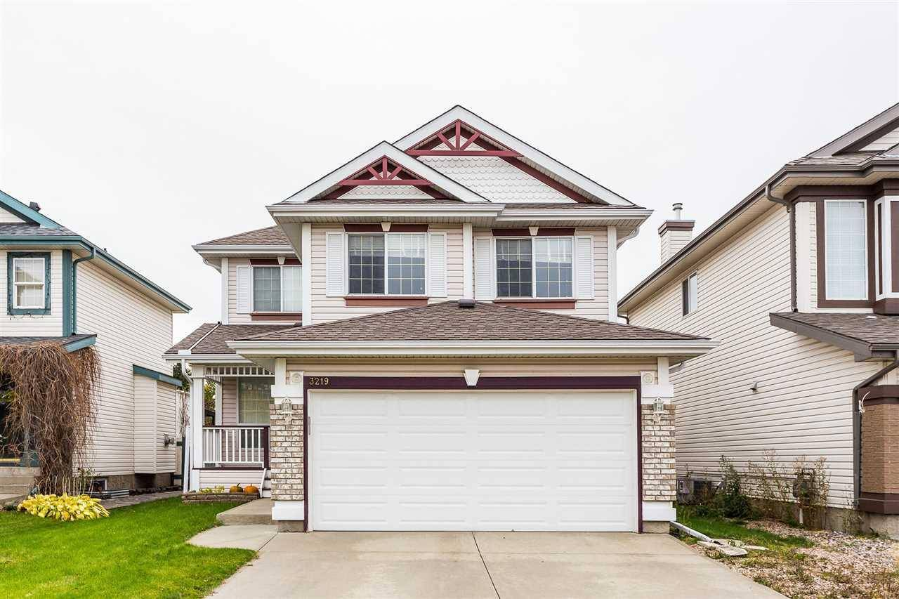 House for sale at 3219 41 Ave Nw Edmonton Alberta - MLS: E4176490