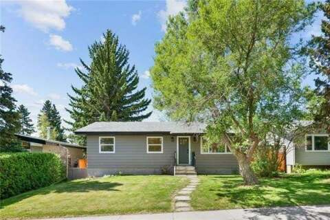 House for sale at 3219 Barr Rd Northwest Calgary Alberta - MLS: C4300469