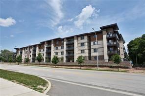 Apartment for rent at 128 Garden Dr Unit 322 Oakville Ontario - MLS: O4676460