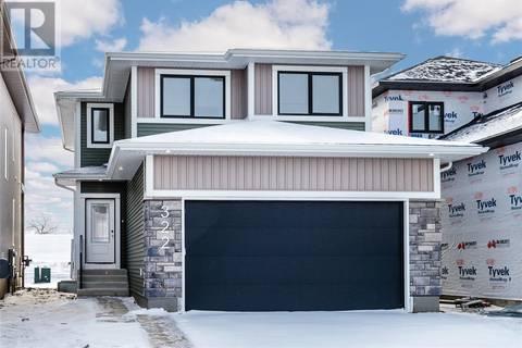 House for sale at 322 Burgess Cres Saskatoon Saskatchewan - MLS: SK792604