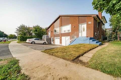 Townhouse for sale at 322 Hansen Rd Brampton Ontario - MLS: W4929887