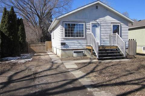House for sale at 322 Robinson St Regina Saskatchewan - MLS: SK803870