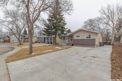 House for sale at 322 Trudelle Cres Regina Saskatchewan - MLS: SK804529