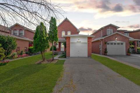House for sale at 3220 Pilcom Cres Mississauga Ontario - MLS: W4959397