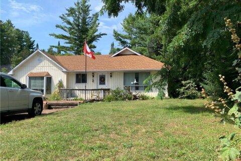 House for sale at 3222 Oak St Innisfil Ontario - MLS: 40013716