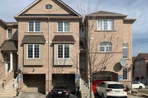 Townhouse for sale at 3222 Redpath Circ Mississauga Ontario - MLS: W4699696