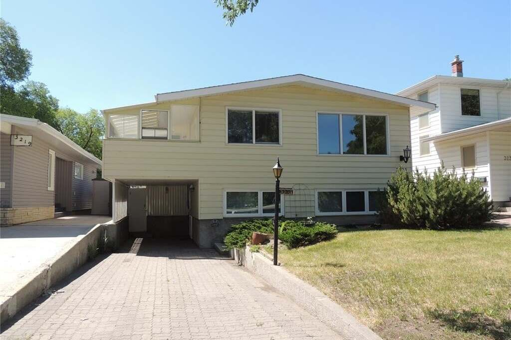 House for sale at 3223 Regina Ave Regina Saskatchewan - MLS: SK815357