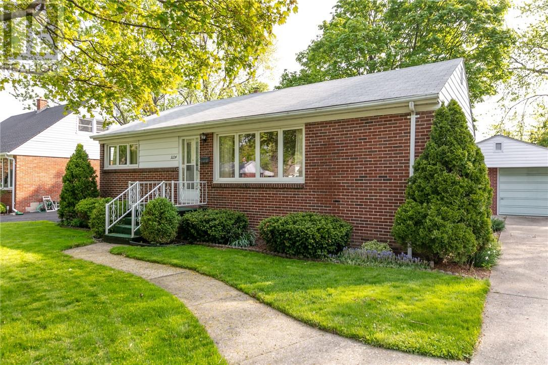 For Sale: 3224 Dandurand , Windsor, ON | 3 Bed, 1 Bath House for $219,900. See 29 photos!
