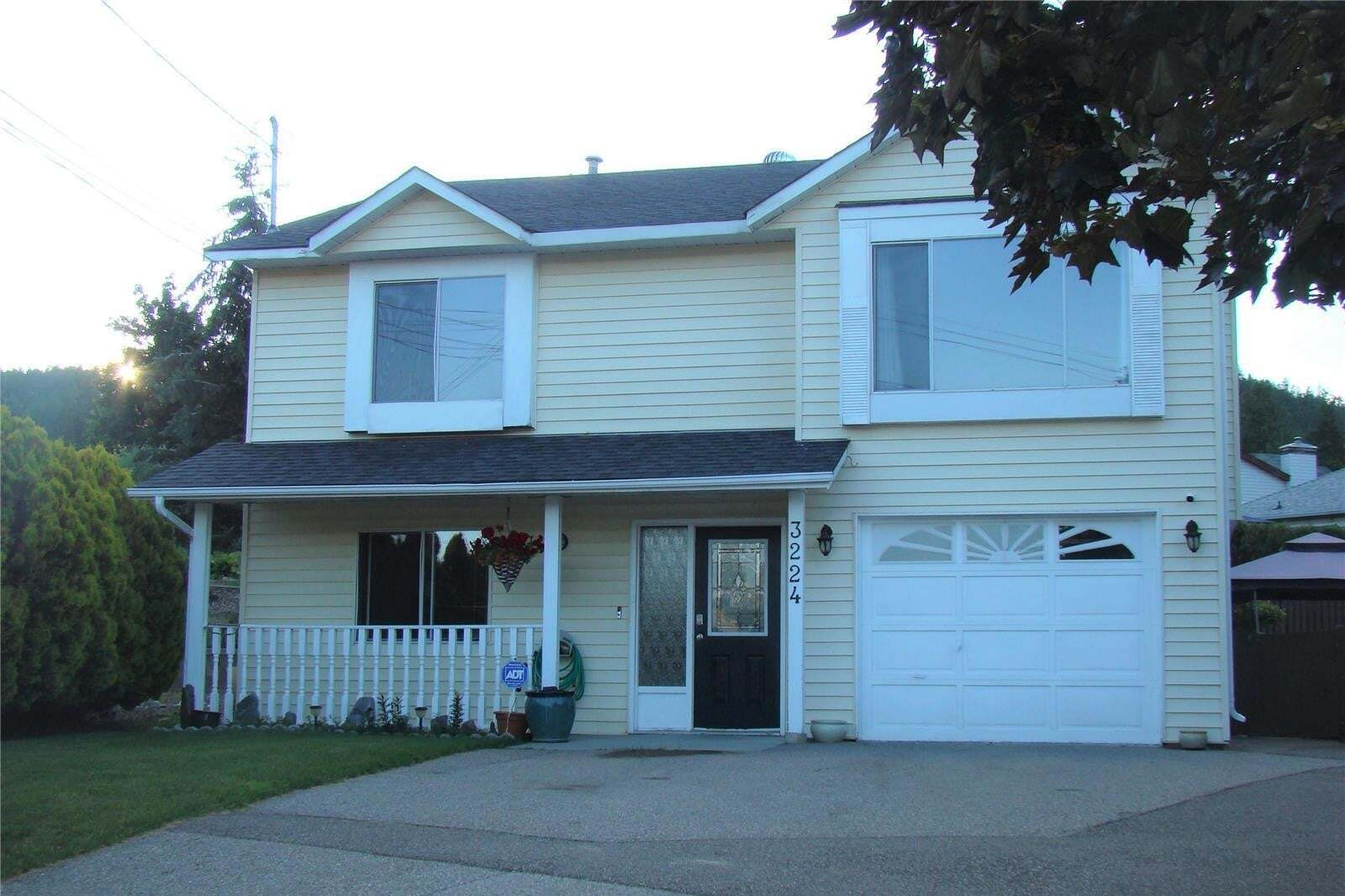 House for sale at 3224 Regent Rd West Kelowna British Columbia - MLS: 10210409
