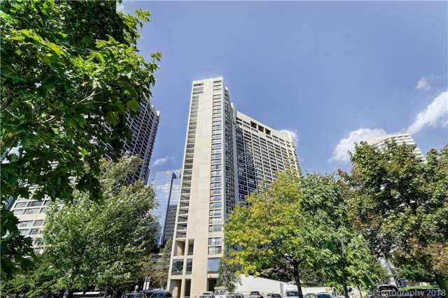 Sold: 3227 - 33 Harbour Square, Toronto, ON