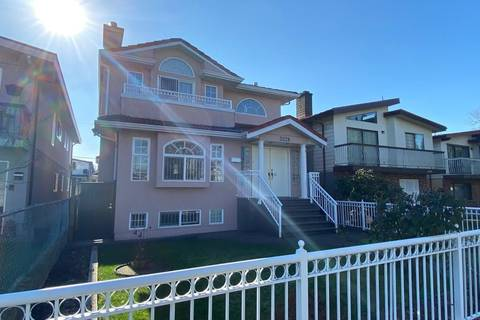 House for sale at 3228 Charles St Vancouver British Columbia - MLS: R2437132