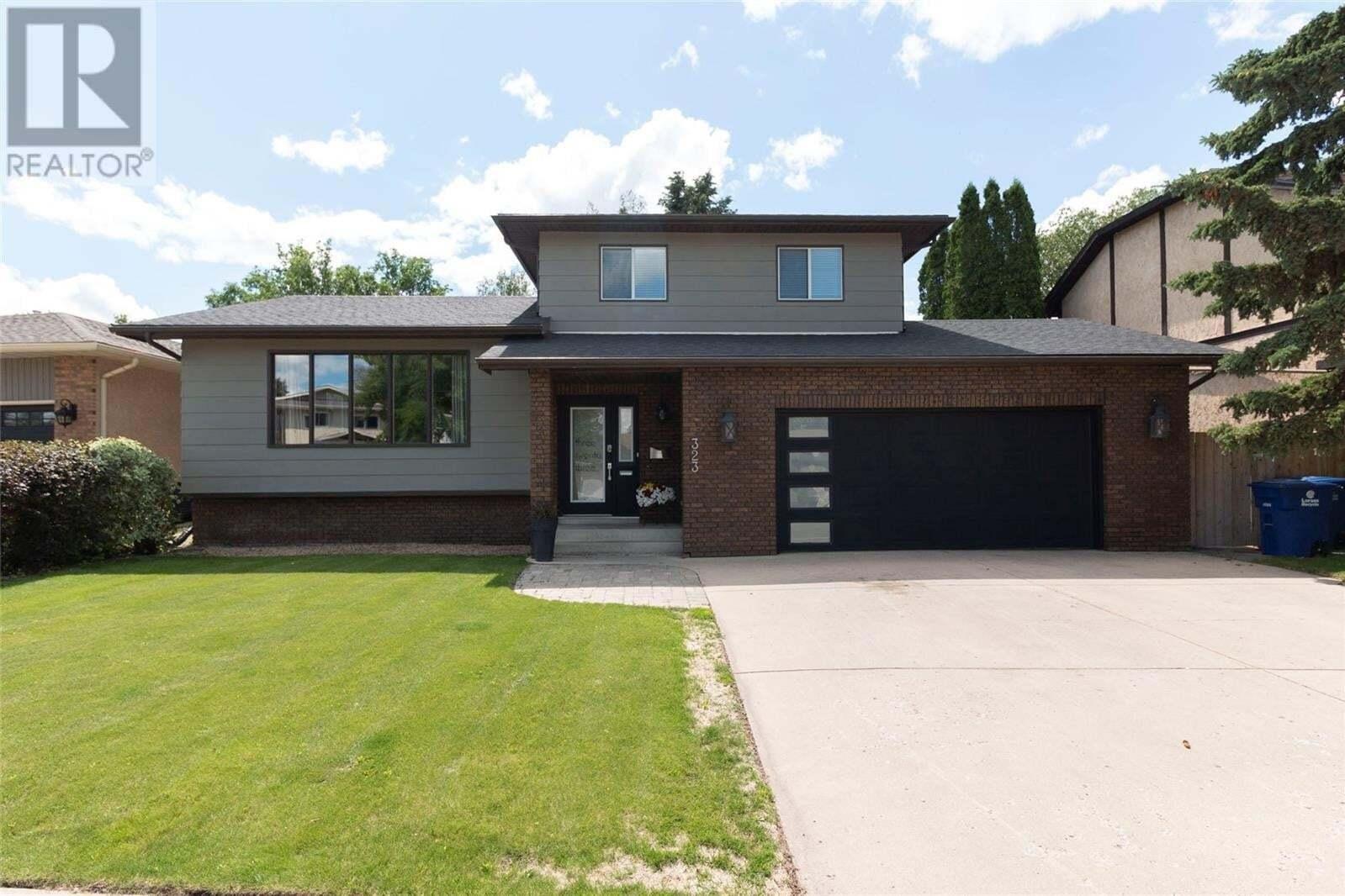 House for sale at 323 Ae Adams Ln Saskatoon Saskatchewan - MLS: SK820833