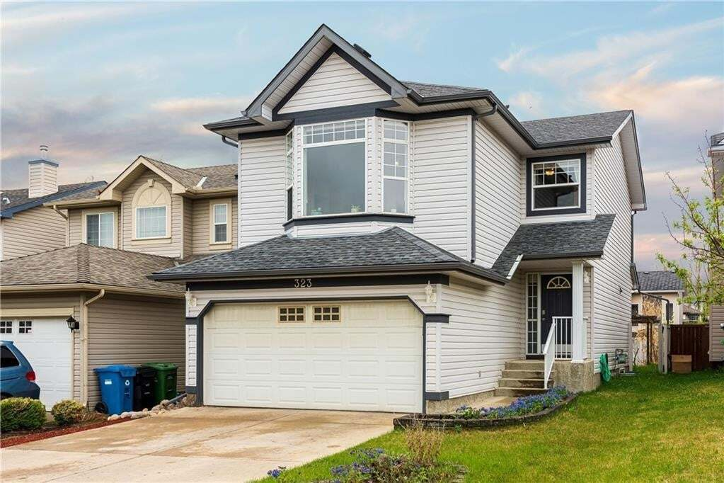 House for sale at 323 Bridlewood Co SW Bridlewood, Calgary Alberta - MLS: C4297231
