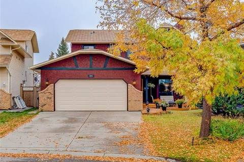 House for sale at 323 Hawkhill Pl Northwest Calgary Alberta - MLS: C4266803