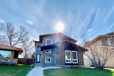 House for sale at 323 Midglen Pl Southeast Calgary Alberta - MLS: C4292440