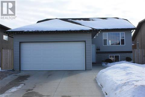 House for sale at 323 Paton Cres Saskatoon Saskatchewan - MLS: SK800162