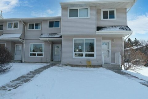 Townhouse for sale at 3235 56th St Calgary Alberta - MLS: A1049077