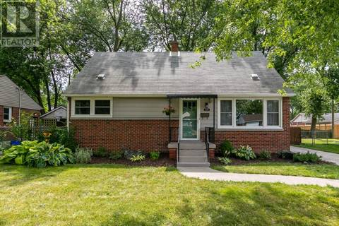 House for sale at 3235 Morris Dr Windsor Ontario - MLS: 19021886