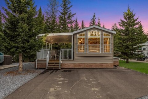Home for sale at 32379 Range Road 55  Rural Mountain View County Alberta - MLS: A1040136