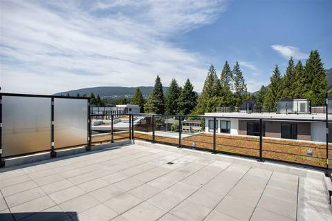 Condo for sale at 3220 Connaught Cres Unit 324 North Vancouver British Columbia - MLS: R2392283