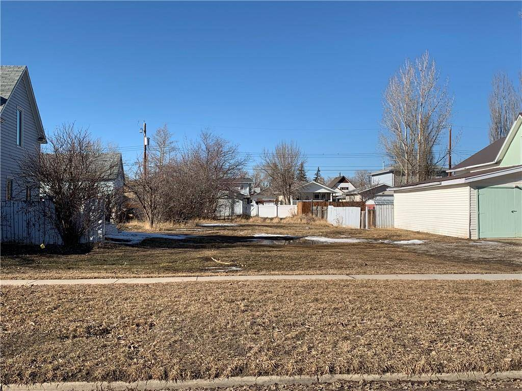 Home for sale at 324 49 Ave W Claresholm Alberta - MLS: C4241054
