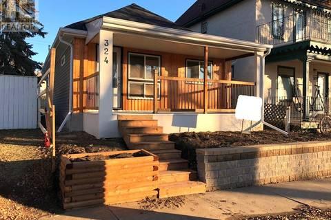 House for sale at 324 J Ave N Saskatoon Saskatchewan - MLS: SK791155