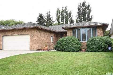 House for sale at 3243 Edinburgh Dr Regina Saskatchewan - MLS: SK767655