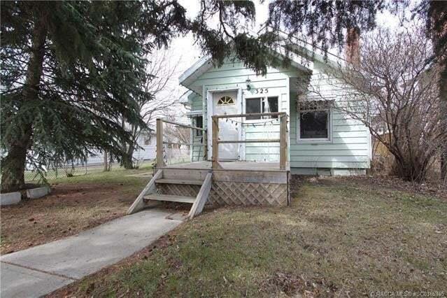House for sale at 325 4 St East Drumheller Alberta - MLS: SC0165345
