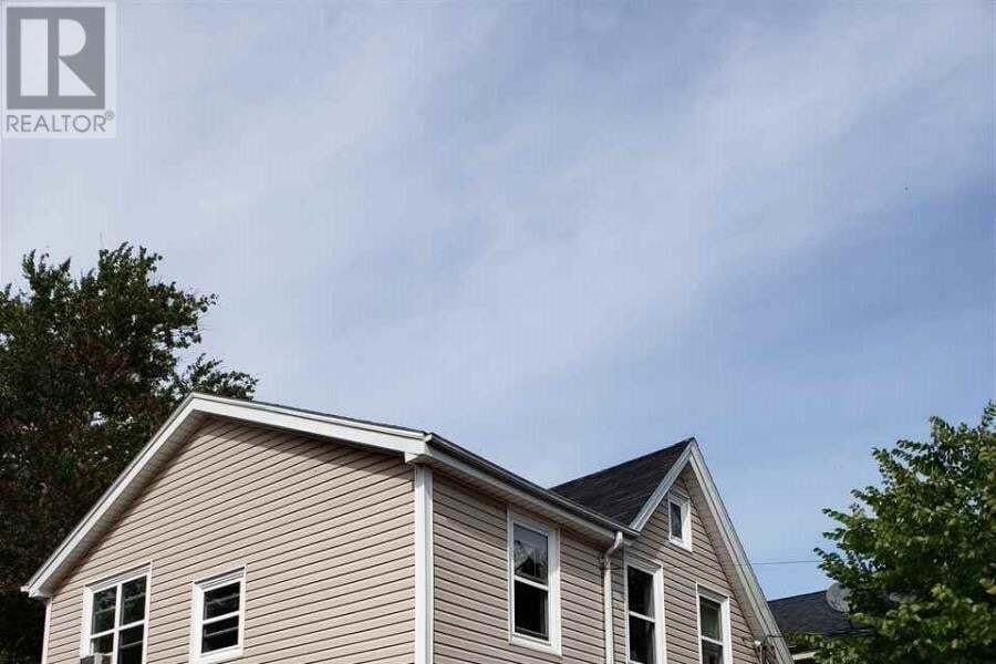 Townhouse for sale at 325 Fitzroy St Charlottetown Prince Edward Island - MLS: 202018850