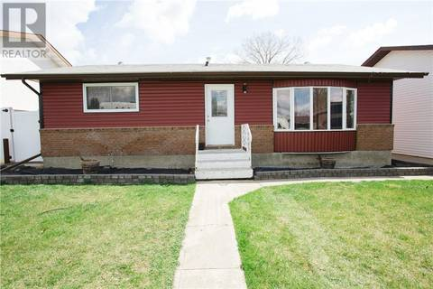 House for sale at 325 Main St S Redcliff Alberta - MLS: mh0165529