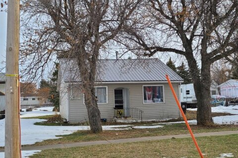 House for sale at 325 100 W St Raymond Alberta - MLS: A1051847