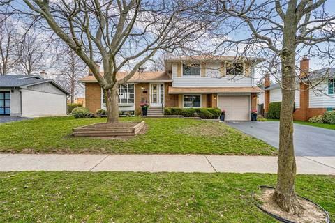 House for sale at 325 Oakwood Dr Burlington Ontario - MLS: W4740241