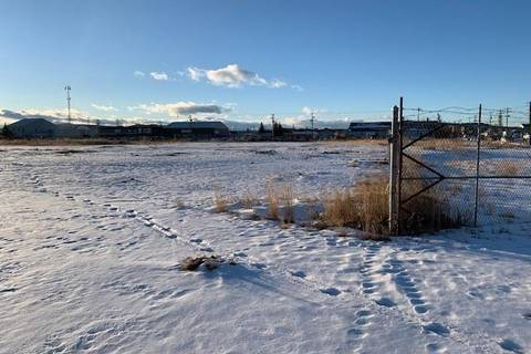 Commercial property for sale at 325 Railway St East Cochrane Alberta - MLS: C4277979
