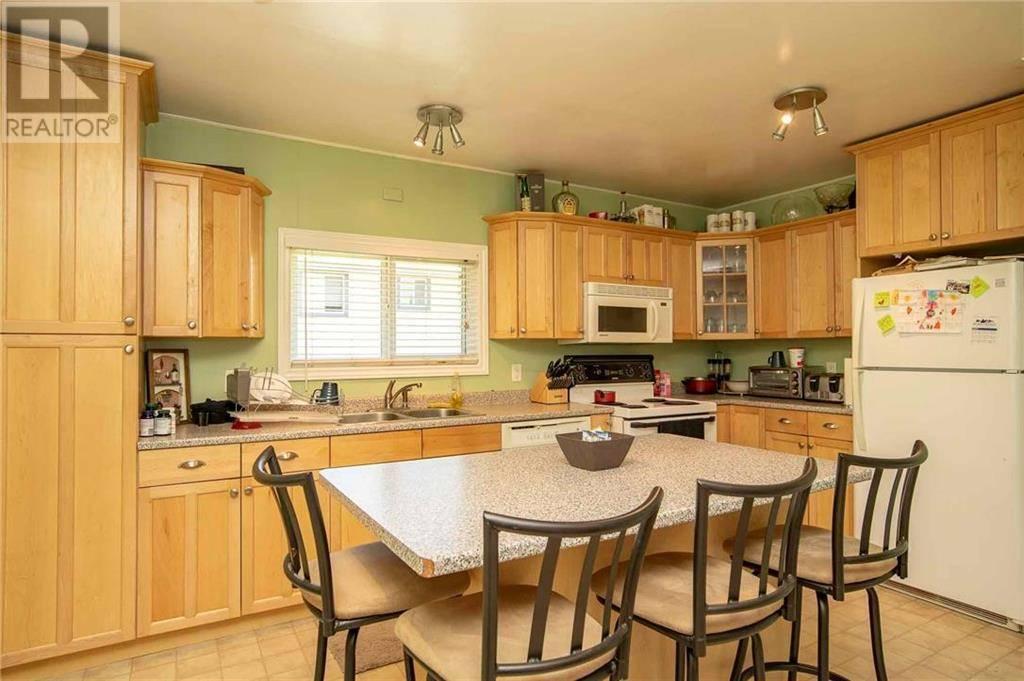 House for sale at 3250 Orillia St Victoria British Columbia - MLS: 411266