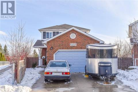Townhouse for sale at 326 Brembel Cres Kitchener Ontario - MLS: 30726499