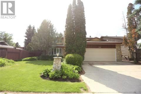 House for sale at 326 Skeena Cres Saskatoon Saskatchewan - MLS: SK776395