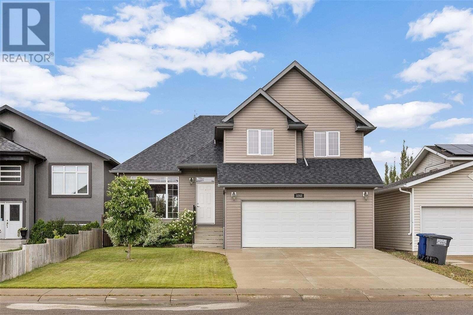 House for sale at 3262 Mcclocklin Rd Saskatoon Saskatchewan - MLS: SK821130