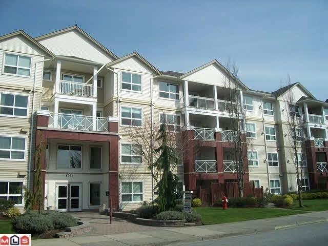 Buliding: 8068 120a Street, Surrey, BC