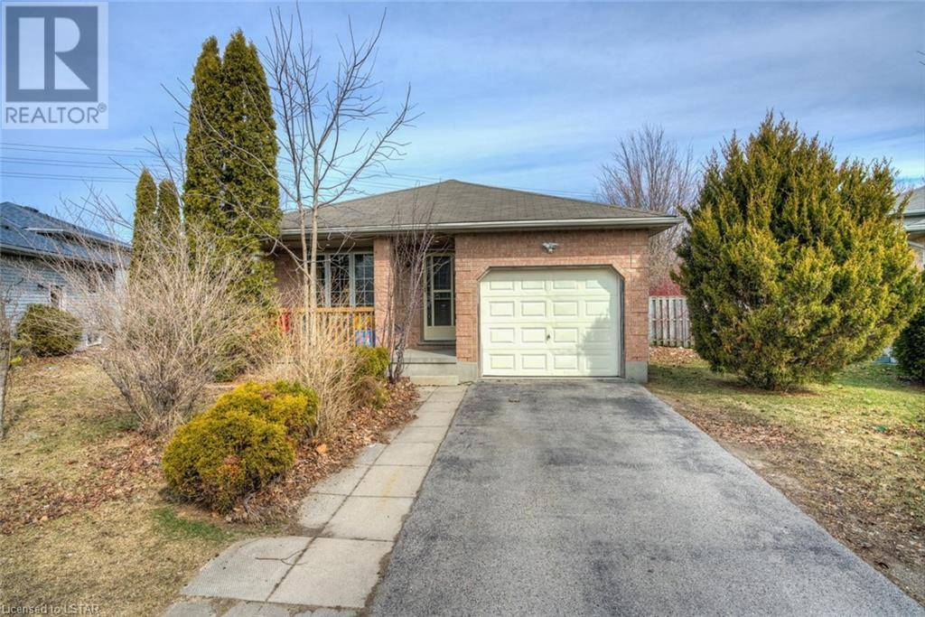 House for sale at 327 Fleming Dr London Ontario - MLS: 250717