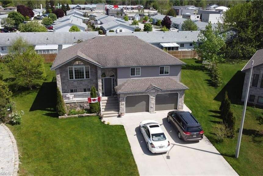 House for sale at 327 Gingrich Cres Port Elgin Ontario - MLS: 262626