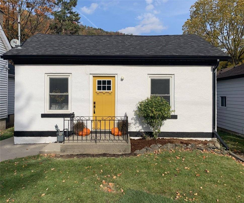 House for sale at 327 Park St W Dundas Ontario - MLS: H4066816