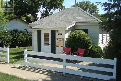 House for sale at 327 Thompson St Herbert Saskatchewan - MLS: SK767416