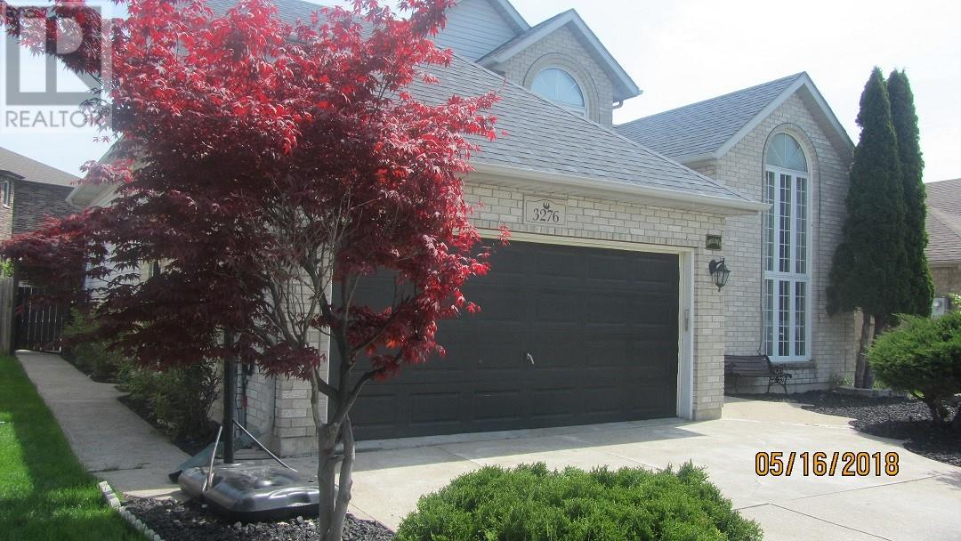 For Sale: 3276 Kenilworth , Windsor, ON | 4 Bed, 3 Bath Home for $449,000. See 30 photos!