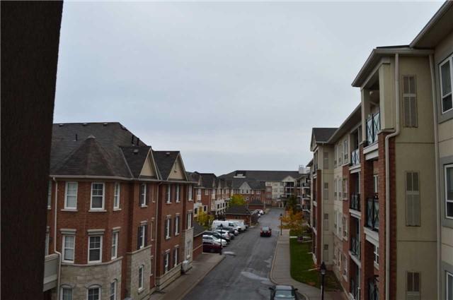 Buliding: 60 Mendelssohn Street, Toronto, ON