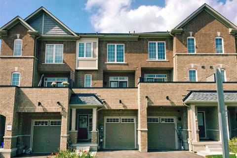 Townhouse for sale at 328 Clay Stones St Newmarket Ontario - MLS: N4521278