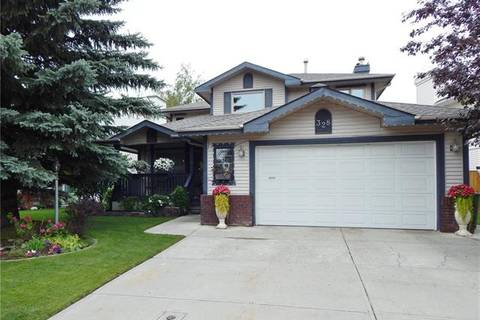 House for sale at 328 Douglasbank Dr Southeast Calgary Alberta - MLS: C4259172