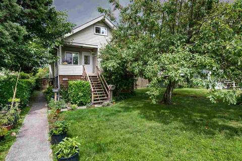 House for sale at 328 20th St E North Vancouver British Columbia - MLS: R2398864