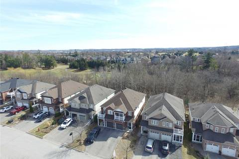 Townhouse for sale at 328 Silken Laumann Dr Newmarket Ontario - MLS: N4426847