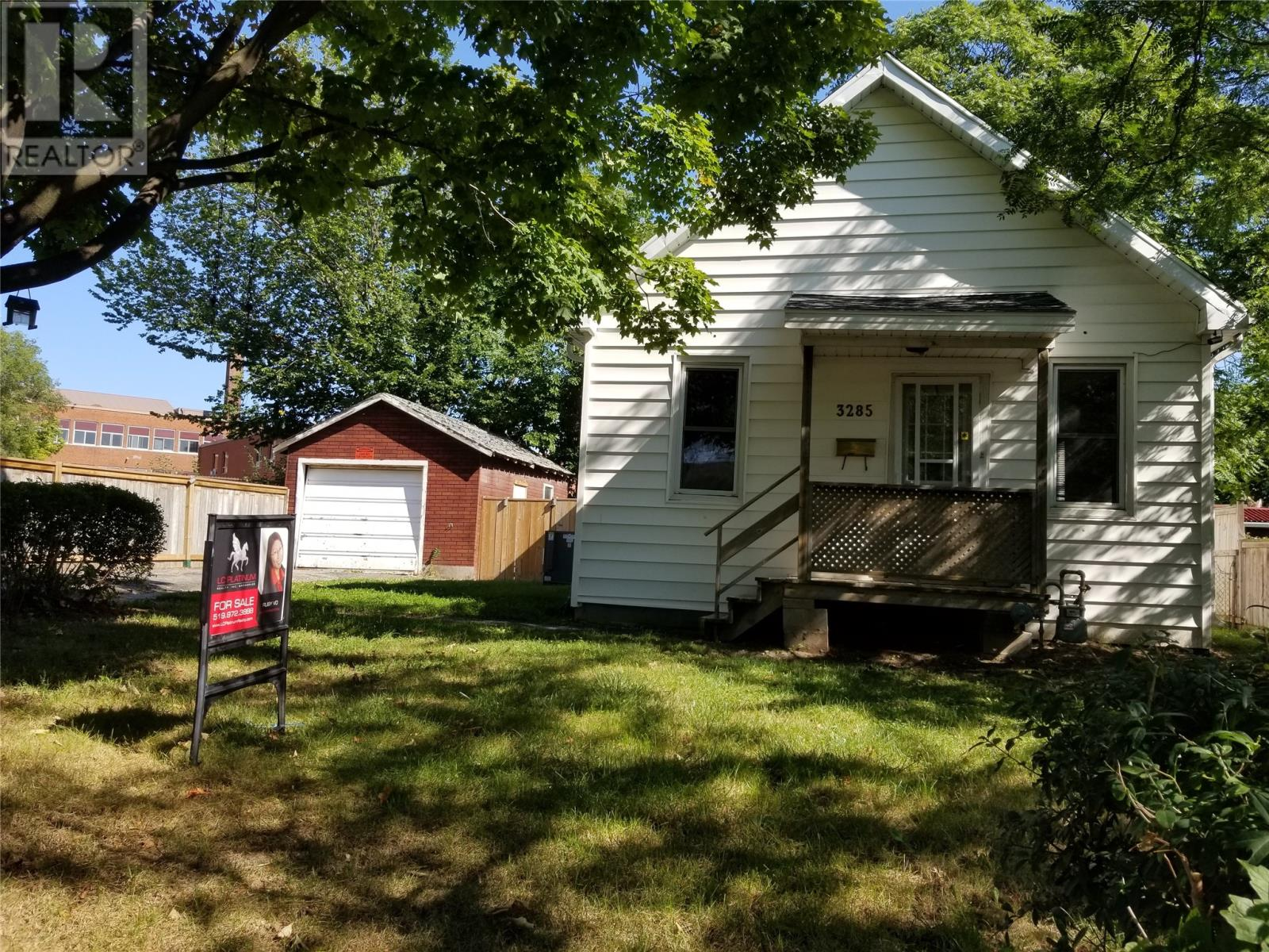 Removed: 3285 Bloomfield, Windsor, ON - Removed on 2019-09-27 06:09:12